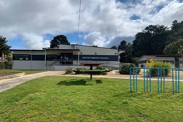 Linton Primary School - Building